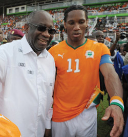 http://www.africatoday.com/upload_images/Ivory's-President-Laurent-Gbagbo-(L)-speaks-with-football-star-player-Didier-Drogba-Getty-Pix.jpg